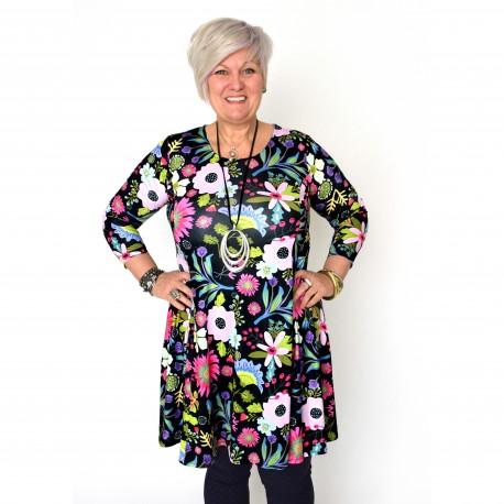 Färgglad, blommig klänning
