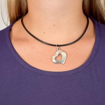 Kort halsband med sött hjärta