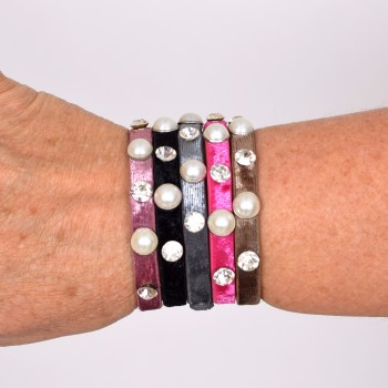 Bracelet with bling and pearls
