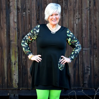 Black tunic with pocket, LAURA