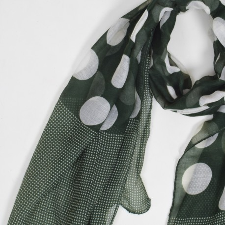 Scarf with big dots