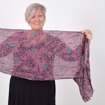 Scarf with flower and animal print