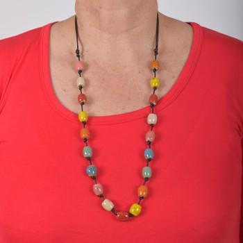 Necklace in ceramics