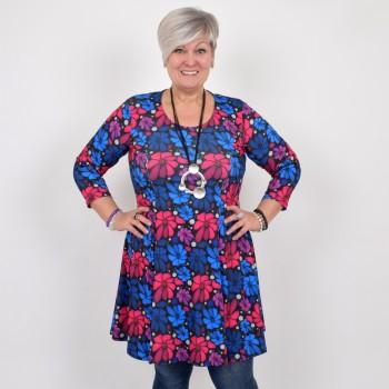 Hurmaava kukkakuviollinen mekko, BEATA