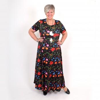 Musta mekko kukkakuviolla, BEATA MAXI